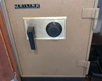 Vintage Meilink Safe w/Combo!!