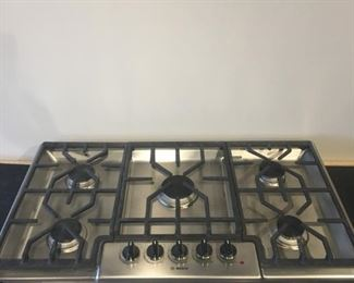 "BOSCH GAS COOK TOP NEW NEVER INSTALLED 37"" W x 21"" D"