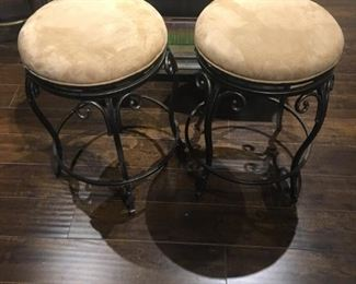 "COUNTER HEIGHT BAR KITCHEN STOOLS 26"" H"