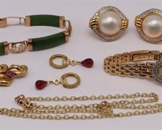 JEWELRY Assorted kt and kt Gold Jewelry