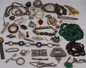 JEWELRY Assorted Vintage Jewelry Grouping
