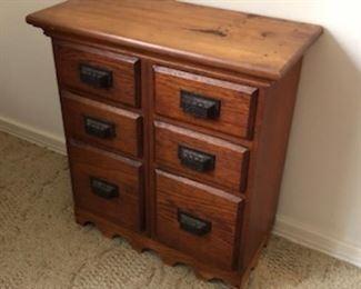 Small oak organizer