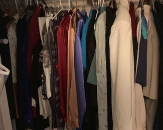 Large collection of women's clothing -large and plus sizes