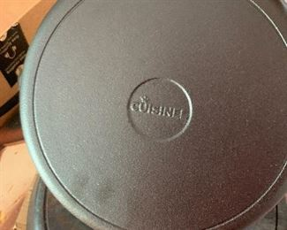 Cuisinet cast iron skillet, never used