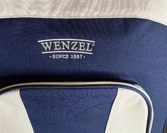 Wenzel picnic tote