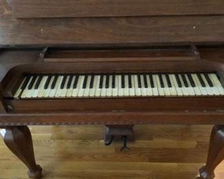 Non working piano