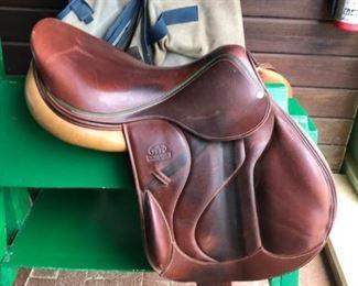 Devoucoux Saddle