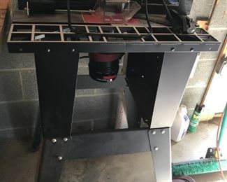 Craftsman Industrial Router Table w/Craftsman Router,