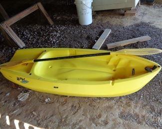 """Lifetime """"Wave"""" Kayak"""