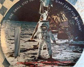 1969 Neil Armstrong plastic plate