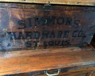 Simmons Hardware Company, Saint Louis, shipping case
