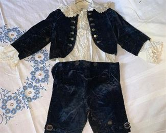 Child's clothing, dates from about 1895