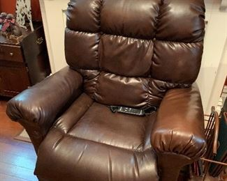 Golden leather lift chair
