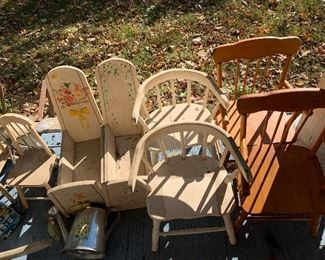 Many pieces of vintage child's/doll furniture.