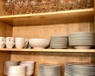 Villeroy & Boch set of Allegretto china