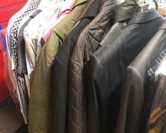 Lots of mens & women's clothes