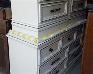 Johnson Carper dresser and 2 night stands