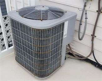 Carrier  AC condenser.  5 years old  R410A