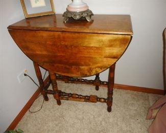 Vintage Gateleg Table