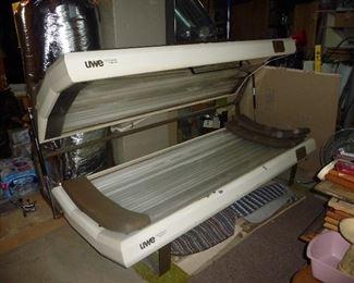 UWE tanning bed