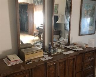 Vintage American of martinsville dresser with 2 mirrors