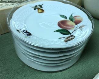 Lourioux china fruit dishes