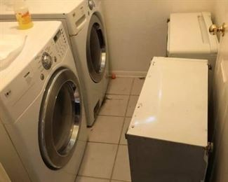 LG Tromm Ultra Capacity Front Load Washer & Gas Dryer with Bases They both work great.