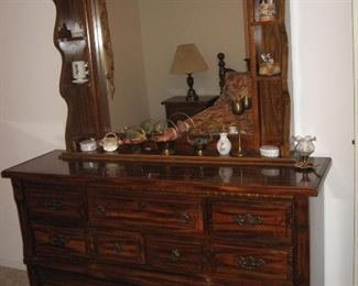 Matching Dresser with Mirror...