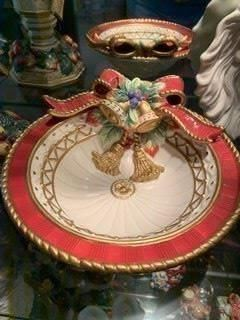 Living room curio cabinet - Fritz and Floyd xmas candy dish
