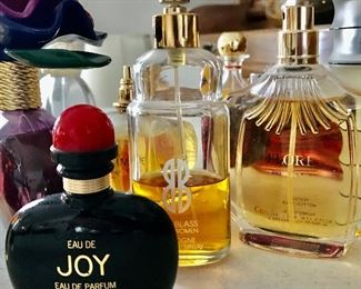 Parfums, colognes & eau de toilettes