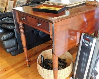 Early Penbroke drop leaf table. Dates back to the 1930's-1940's.