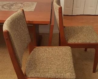 Dining room chairs. 6 available.
