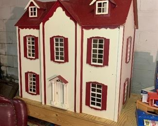 Vintage wooden Doll house in Great shape
