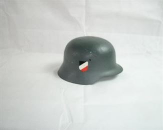 WORLD WAR II HISTORICAL GERMAN HELMET