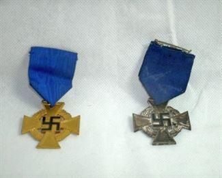 WORLD WAR II HISTORICAL GERMAN MEDALS