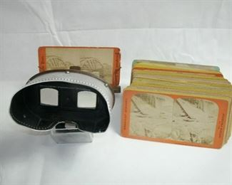 1903 ANTIQUE STEREOSCOPE WITH EARLY CARD PHOTOS
