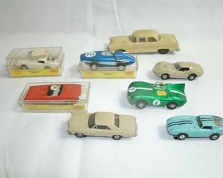 (NICE) COLLECTIBLE VINTAGE SLOT CARS 1960'S