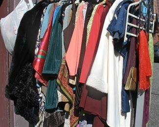 SOME NEW SOME LIKE NEW RACK OF EXCELLENT CLOTHING