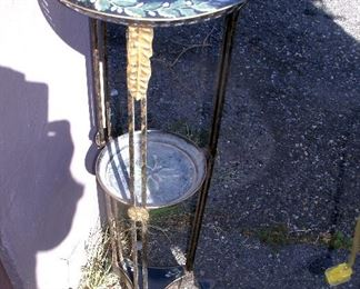 VINTAGE TOLE WARE TWO TIER PLANT STAND
