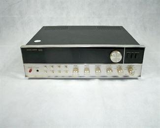 VINTAGE HARMON/KARDON 930 TWIN POWERED RECEIVER (WORKS GREAT)