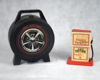HOTWHEEL RALLY CAR CASE & SIZZLERS JUICE MACHINE