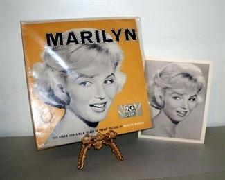 1962 RARE MARILYN MONROE ALBUM & ORIGINAL PHOTO (MINT CONDITION)