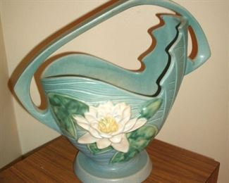 ORIGINAL ROSEVILLE WATER LILY POTTERY #382-12
