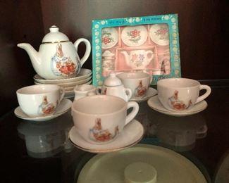 child's tea set so cute