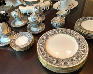 Vintage Wedgwood Bone China FLORENTINE BLACK DRAGONS  Dinner Set W4312.  Service for 8 -- holy wow impress your friends