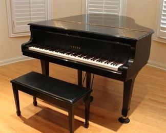 Yamaha C2 grand piano w/ stool