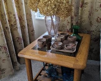 Oak end table with glass insert & Mississippi Mud pottery