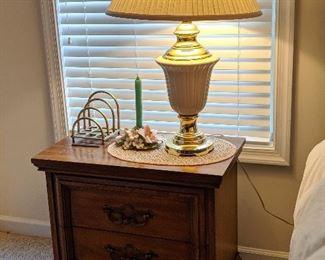Nightstand & lamp