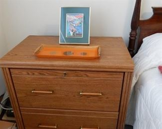 Nightstand (file cabinet)