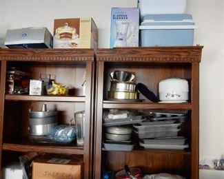 Housewares & bookcase